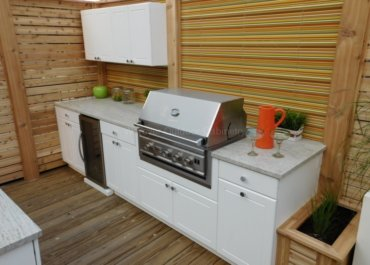 How to prevent stains on  outdoor kitchen cabinets